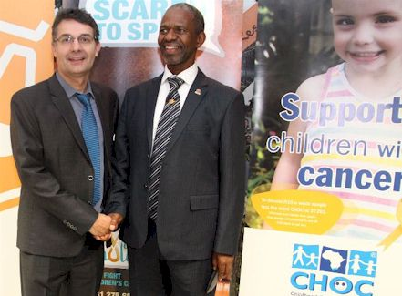 MEC Dhlomo and the Foundation CEO – Carl Queiros